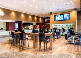 Bar Cinepolis Luxury Theater