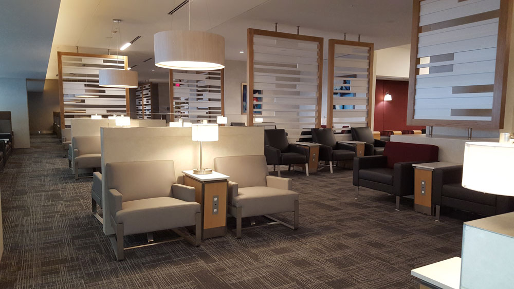 Lounge American Airlines Flagship Club Miami